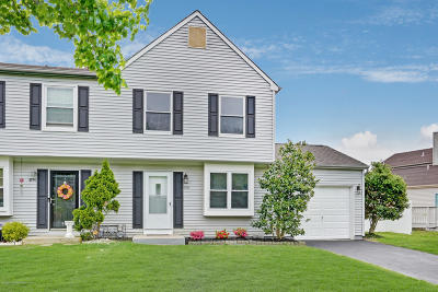 Toms River Single Family Home Under Contract: 569 Iron Kettle Road