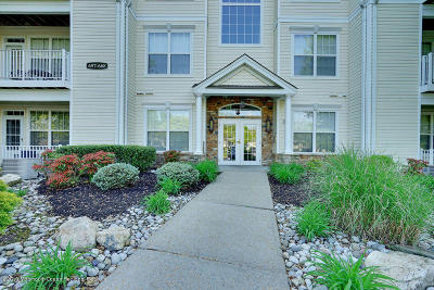 Manalapan Condo/Townhouse Under Contract: 660 Saint Andrews Place