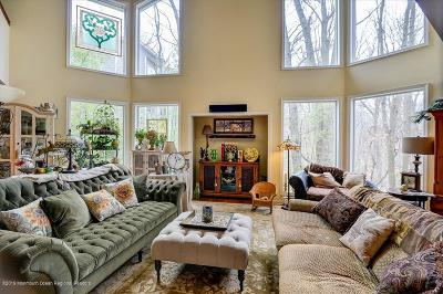 Middletown Single Family Home For Sale: 31 Erie Road