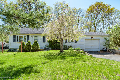 Howell Single Family Home For Sale: 3 Locust Road