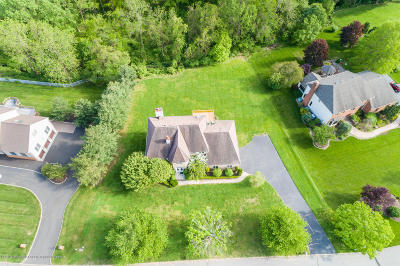 Holmdel NJ Single Family Home For Sale: $920,000