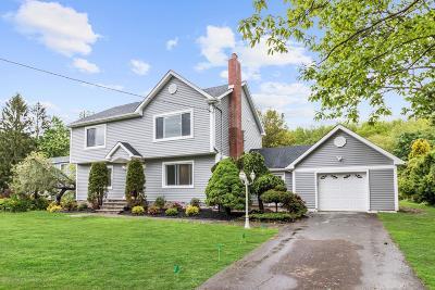 Matawan Single Family Home For Sale: 81 Farrington Road
