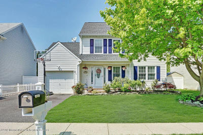 Brick Single Family Home Under Contract: 19 Red Maple Drive