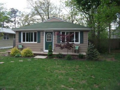 Toms River Single Family Home For Sale: 800 Warren Street