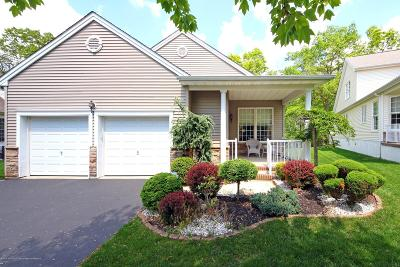 Monmouth County Adult Community Under Contract: 10 Winterberry Court