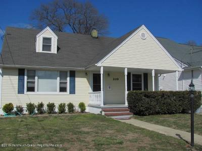 Point Pleasant Beach Single Family Home For Sale: 209 Niblick Street