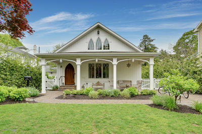 Spring Lake Single Family Home For Sale: 412 Brighton Avenue