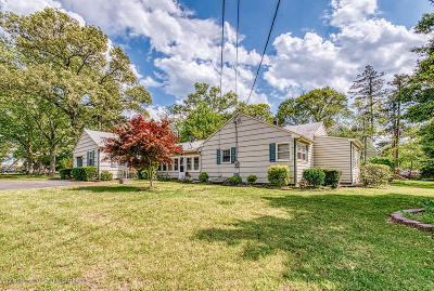 Brick Single Family Home For Sale: 55 Serpentine Road