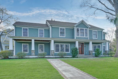 Rumson Single Family Home For Sale: 16 Robin Road