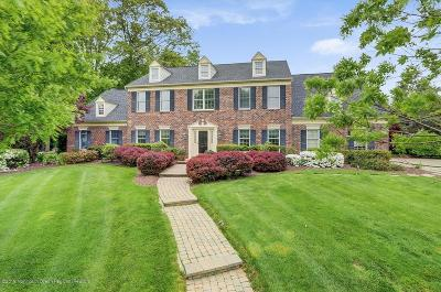 Freehold Single Family Home Under Contract: 33 Tanglewood Court
