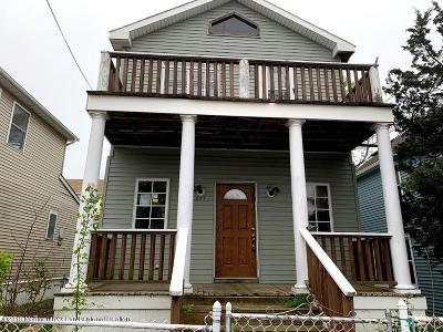 Atlantic Highlands, Highlands Single Family Home For Sale: 237 Bay Avenue