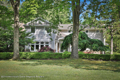 Rumson Single Family Home For Sale: 8 Post Road