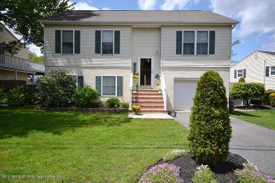 Neptune Single Family Home For Sale: 137 Hillside Drive