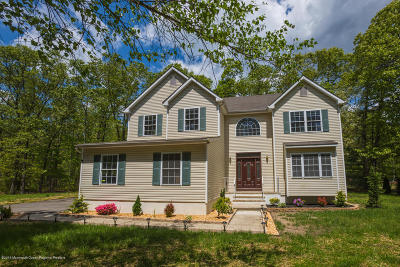 Jackson Single Family Home For Sale: 673 Toms River Road