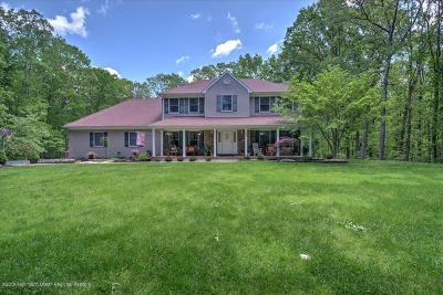 Millstone Single Family Home For Sale: 16 White Birch Drive