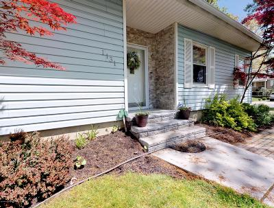 Toms River Single Family Home For Sale: 1131 Eugene Drive