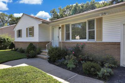 Matawan Single Family Home For Sale: 4 Eisenhower Court