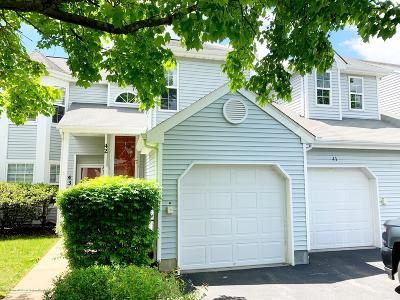 Freehold Condo/Townhouse For Sale: 43 Pagoda Lane