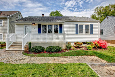 Avon-by-the-sea, Belmar, Bradley Beach, Brielle, Manasquan, Spring Lake, Spring Lake Heights Single Family Home For Sale: 23 Wigwam Path