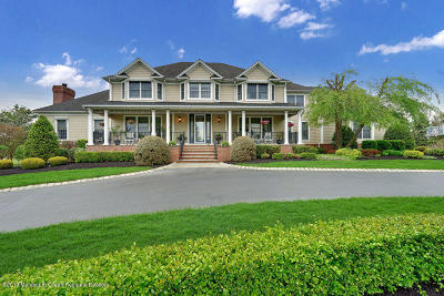 Colts Neck Single Family Home For Sale: 20 Bretwood Drive