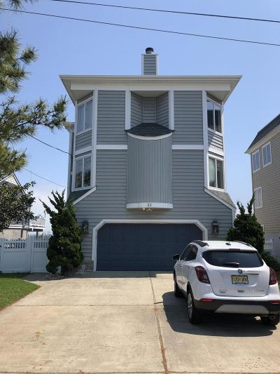 Toms River Single Family Home For Sale: 22 Captains Drive