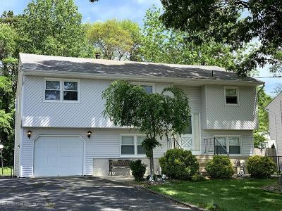 Toms River NJ Single Family Home For Sale: $260,000