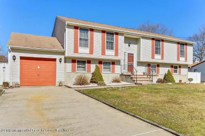 Brick Single Family Home For Sale: 38 Glenn Drive