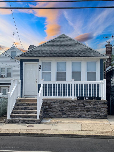 Seaside Heights Single Family Home For Sale: 37 Webster Avenue
