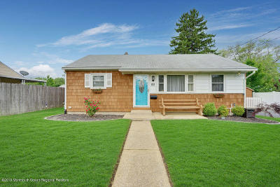 Toms River Single Family Home For Sale: 122 Flack Street