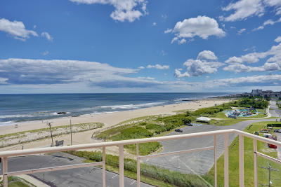 Monmouth County Condo/Townhouse For Sale: 384 Ocean Avenue #PH4