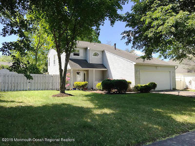 Howell Single Family Home For Sale: 50 Sweet Gum Road