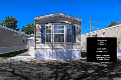 Hazlet Single Family Home For Sale: 46 Monique Circle