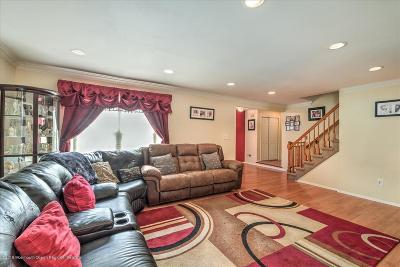 Howell Single Family Home For Sale: 6 Timberline Drive