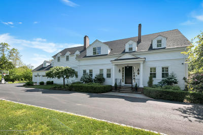 Single Family Home For Sale: 65 Navesink Avenue