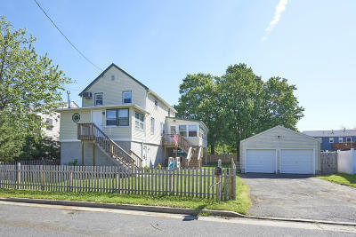 Middletown Single Family Home For Sale: 18 1st Avenue