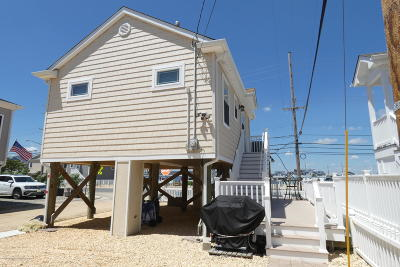 Lavallette Single Family Home For Sale: 126 W Penguin Way