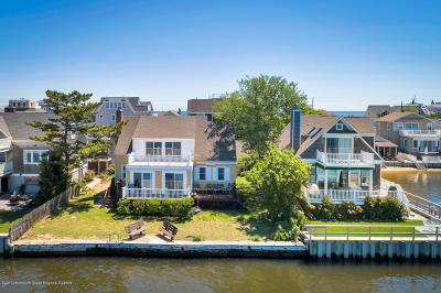 Sea Bright Single Family Home For Sale: 3 Henry Lane
