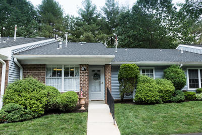 Monmouth County Adult Community For Sale: 57 Boxwood Terrace #165