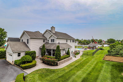 Monmouth County Single Family Home For Sale: 32 Morris Place