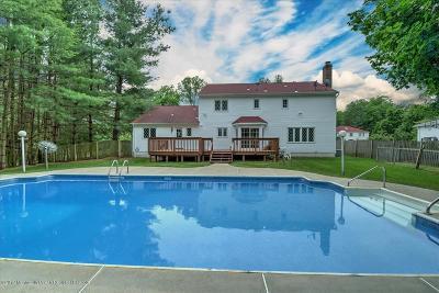 Morganville Single Family Home For Sale: 2 Leonard Drive