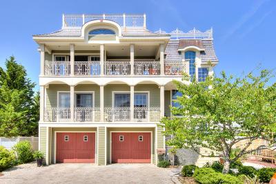 Long Beach Twp Single Family Home For Sale: 113 E Jerome Avenue