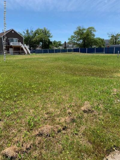 Residential Lots & Land For Sale: 40 Bay Avenue