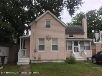 Keansburg Single Family Home Under Contract: 84 Lincoln Court