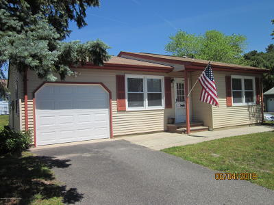 Whiting NJ Adult Community For Sale: $129,500