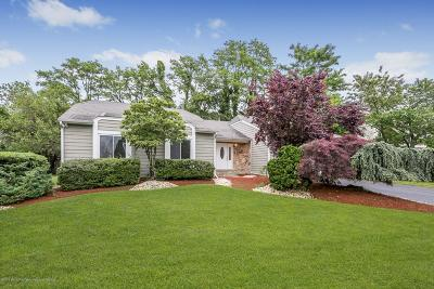 Holmdel NJ Single Family Home For Sale: $569,900