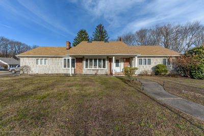 Morganville Single Family Home For Sale: 14 Bruce Road