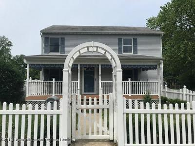 Middletown Single Family Home For Sale: 53 Pacific Avenue