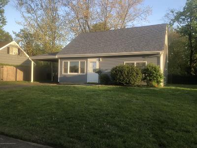 Hazlet Single Family Home For Sale: 36 Appleton Drive
