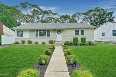 Point Pleasant Single Family Home For Sale: 1309 River Avenue