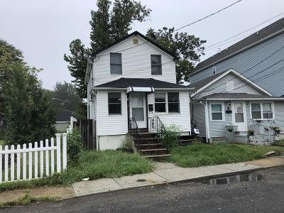 Keansburg Single Family Home Under Contract: 6 Woodside Avenue